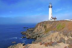 沿大瑟尔加利福尼亚的灯塔 免版税库存照片