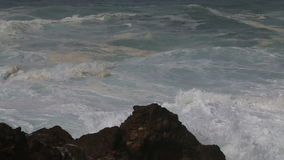 沿大西洋的多暴风雨的天气,正弦,葡萄牙 股票视频