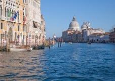 沿大运河的致敬教会 免版税库存照片