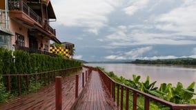 沿孔河Chiangkan泰国的步行方式 库存照片