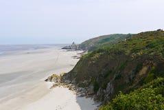 沿布里坦尼峭壁沿岸航行法国 免版税图库摄影