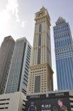 沿扎耶德Road回教族长的摩天大楼在迪拜,阿拉伯联合酋长国 免版税库存图片