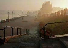 沿散步的早晨步行 免版税库存照片