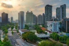 沿新加坡河的新加坡地平线 免版税图库摄影