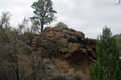 沿步行的看法从手段到Wilpena磅,SA,澳大利亚里 库存照片