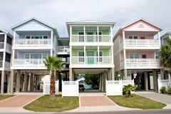 沿海五颜六色的租务 免版税库存图片