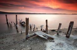 沿海冬天日落 库存图片