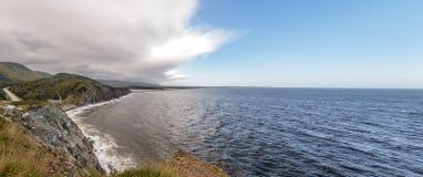 沿海场面全景在Cabot足迹的在新斯科舍 免版税库存图片
