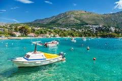 沿海城市Mliny位于接近杜布罗夫尼克,克罗地亚 免版税库存图片