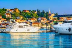 沿海城市Rogoznica在达尔马提亚,克罗地亚 库存图片