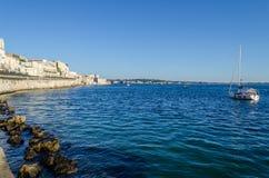 沿海岸区Alfeo在Ortigia 免版税图库摄影