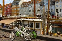 沿海岸区Nyhavn在哥本哈根,丹麦 库存照片