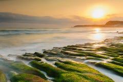 沿海石沟槽 免版税库存照片