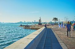 沿海走在多哈,卡塔尔 免版税库存照片