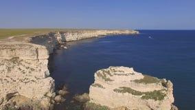 沿海,空中录影岩石峭壁  影视素材