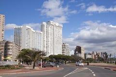 沿海滩前Durbans金黄的英里的住宅复合体 免版税库存图片