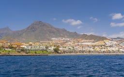 沿特内里费岛的游艇旅行 免版税库存照片