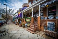 沿西部第36街道的商店在汉普登,巴尔的摩,马里兰 图库摄影