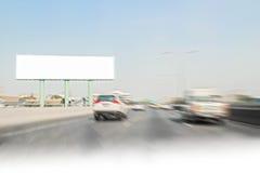 沿路的空白的广告牌广告的 免版税图库摄影