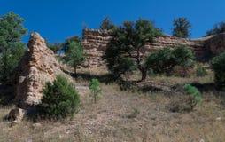 沿高速公路35的岩层在西南新墨西哥 库存图片