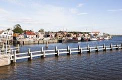 沿Reitdiep的Zoutkamp,格罗宁根,荷兰 库存图片