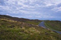 沿Slibh Liag, Co峭壁的一条道路  Donegal 库存图片