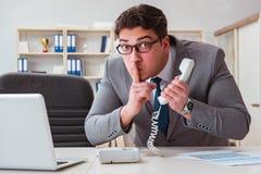 泄漏在电话的商人机密资料 免版税图库摄影