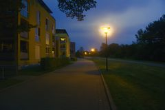 法兰克福在奥得河 住宅区在晚上 库存图片