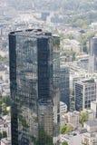 法兰克福有它的摩天大楼的银行业务区 免版税库存照片