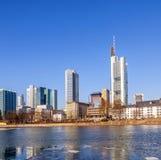 法兰克福,德国地平线的视图  免版税库存照片
