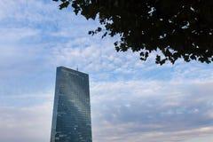 法兰克福,黑森/德国- 11 10 18 :欧洲央行大厦在法兰克福德国 免版税库存图片