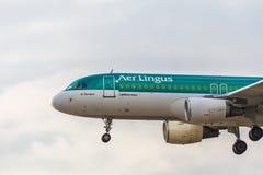 法兰克福,黑森/德国- 26 06 18 :爱尔兰航空飞机着陆在法兰克福国际机场德国 库存照片