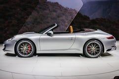 法兰克福- 2015年9月:保时捷911 991 Carrera S cabrio presente 免版税库存照片