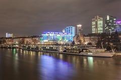法兰克福主要在晚上,德国 免版税图库摄影