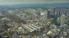 法兰克福Hauptbahnhof或中央火车站高处空中射击美因河畔法兰克福,德国 股票录像