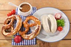 巴法力亚小牛肉香肠早餐 图库摄影