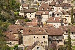 法国中世纪Cliffside村庄 免版税图库摄影