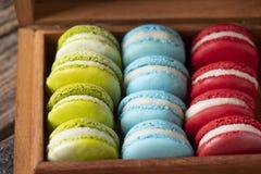法国五颜六色的macarons的选择 库存照片