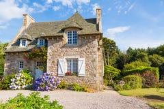 法国人布里坦尼典型的房子 免版税库存照片