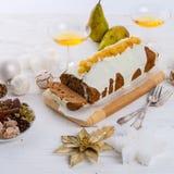 法国圣诞节蛋糕 免版税库存照片