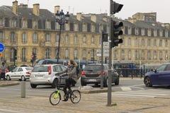 法国城市红葡萄酒的街道 库存图片