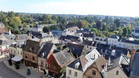 法国城镇 在视图之上 房子屋顶和门面中世纪样式的 库存照片