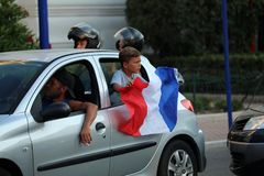 法国支持者在芒通庆祝在赢取世界古芝以后 免版税库存照片
