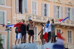 法国支持者在芒通庆祝在赢取世界古芝以后 库存照片