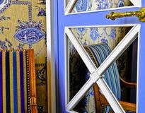 法国旅馆客房 免版税库存照片
