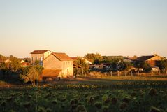 法国村庄圣Severin d'Estissac,多尔多涅省 免版税库存图片
