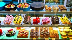 法国法式蛋糕铺保罗lafayet 库存图片