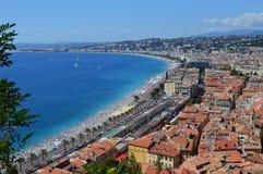 法国海滨-在圣特罗佩和戛纳旁边的海 免版税图库摄影
