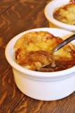 法国葱汤 库存图片