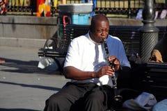 法国街区爵士乐音乐家 库存照片